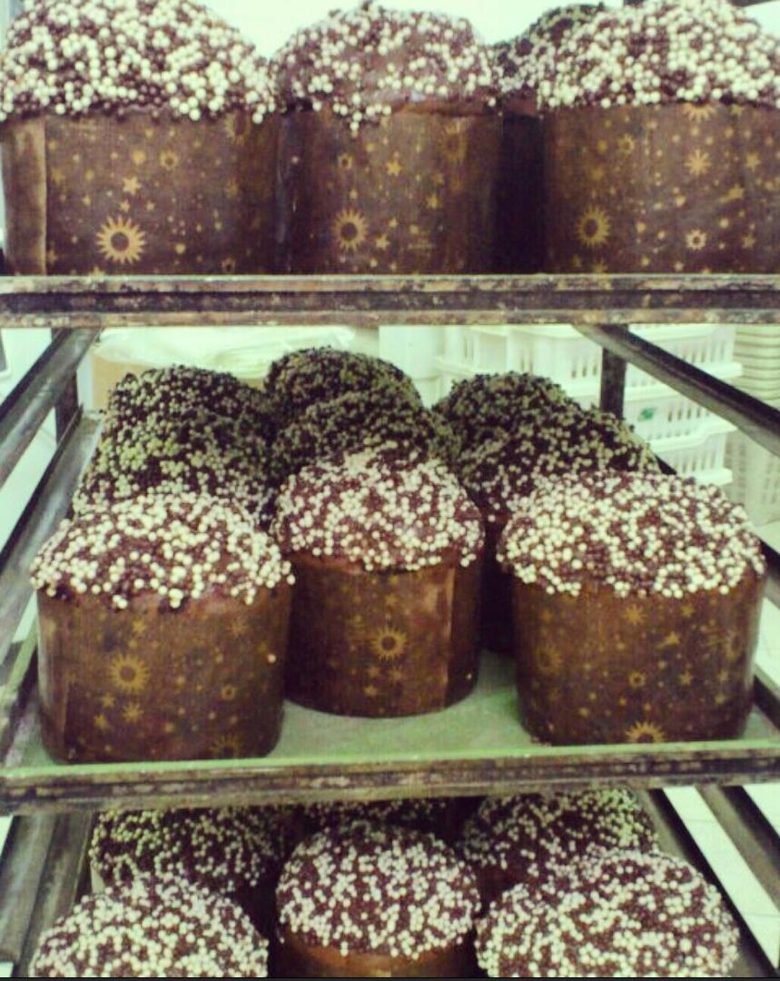 Preparazione Panettone al Cioccolato artigianale