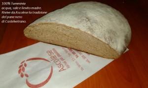 Ascolese interpreta il pane nero di una volta